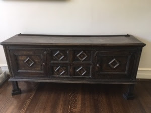 Wood dining chest